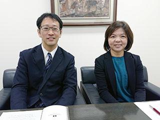 右から 取締役専務執行役 木村氏、修了生 西條氏